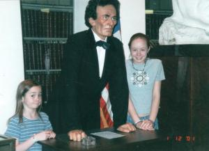 girls with Lincoln